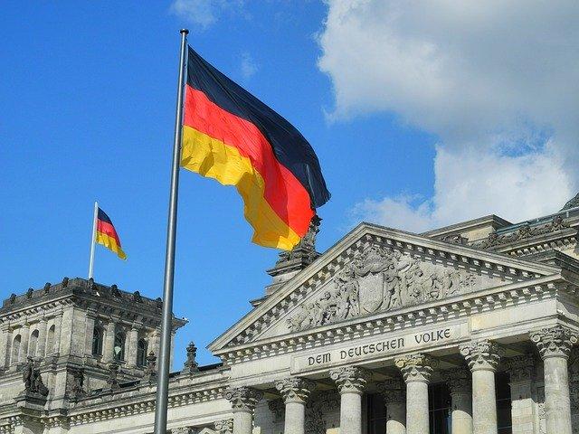 kolika je plata u nemackoj